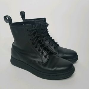 DR. MARTENS Newton BTS Boots